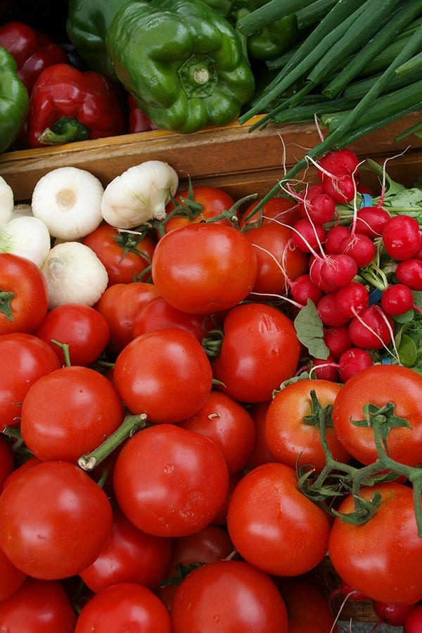 Growing Your Own Fruits & Vegetables NATURALLY