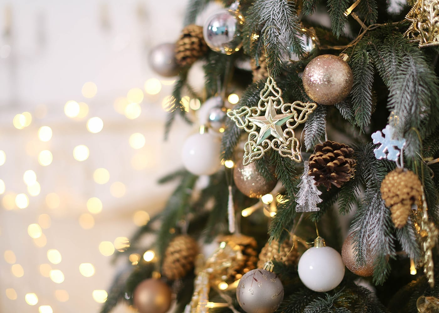 Christmas Tree with Lights & Ornaments