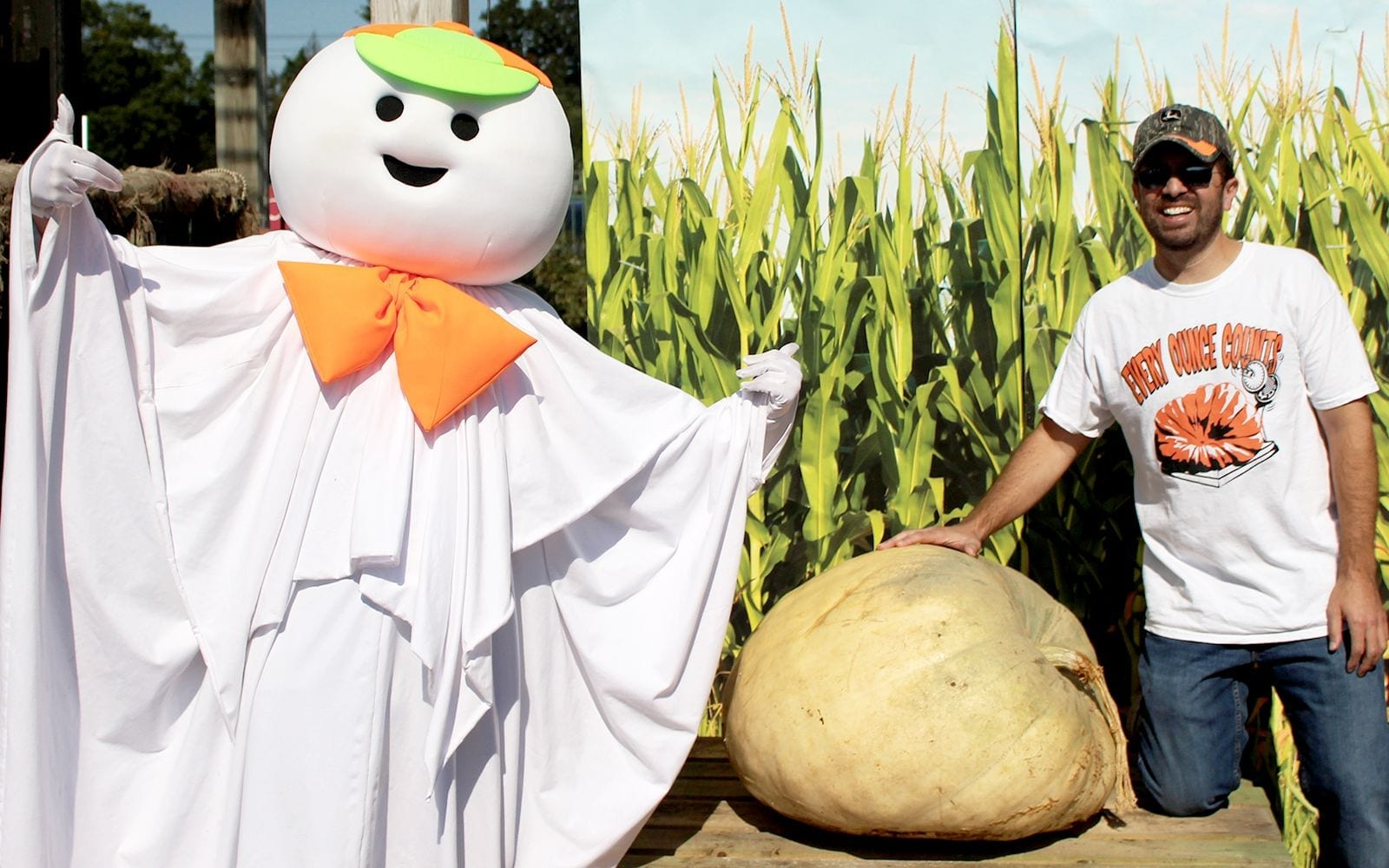 Fall Harvest Giant Pumpkin Contest Winner